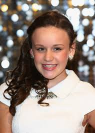 File:Ellie leach.jpeg