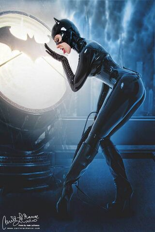 File:Carrie LaChance-Catwoman.jpg