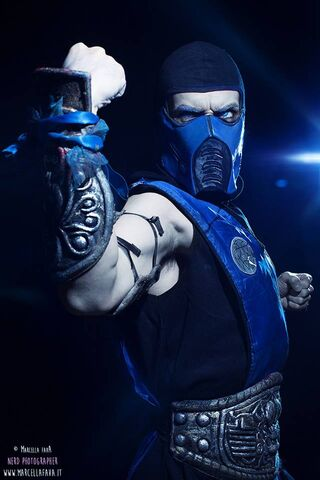 File:LeonChiro-SubZero.jpg