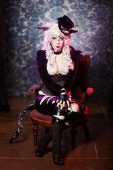 Monika Lee - Cheshire Cat