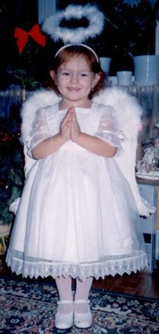 Файл:Angel-nina.jpg