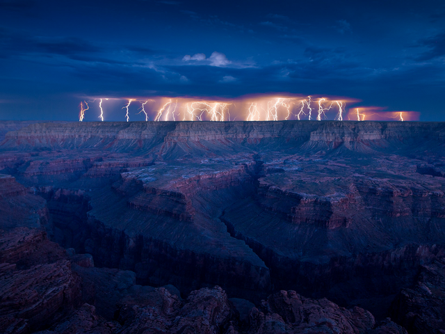 File:Grand Canyon Lightning.png