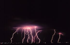 Cloud-to-ground lightning2 - NOAA