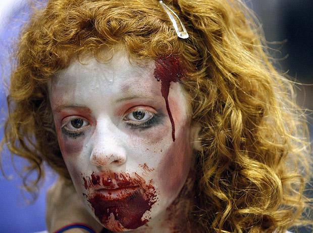 File:Zombie-girl 1450817i.jpg