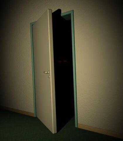Datei:The scary door tn.jpg