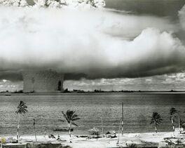 Atombombbikiniatoll6331