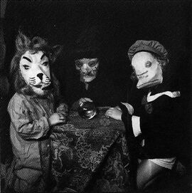 Creepy-Vintage-Halloween-Costumes-—-10