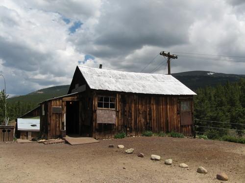 File:Bonair mine cabin.jpg