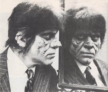 File:Freak mirror Monster 05.jpg
