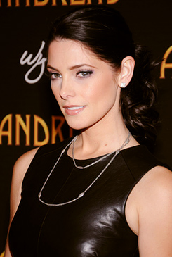 Ashley Greene 2013.jpg