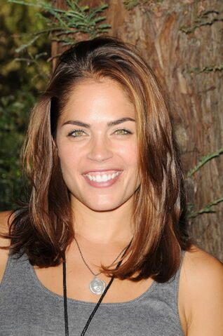 File:Kelly Thiebaud.jpg