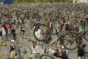 Critical mass budapest3 4.22.2006