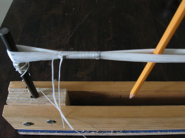 File:Making reinforced endless loop string-1024x768-06.JPG
