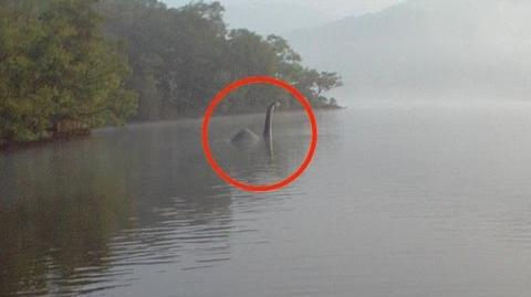 """Loch Ness Monster"" FOUND IN RIVER THAMES * BREAKING NEWS *"
