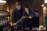 Matt Davis as Jeff and Jessica Lucas as Skye2