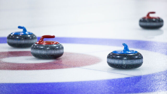 File:Curling in East York.jpg