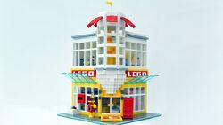 Legostore1