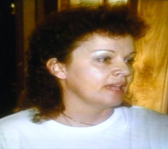 File:Concerned mom mullet.jpg