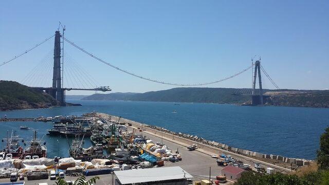 File:Poyrazköy'den 3. köprü.jpg