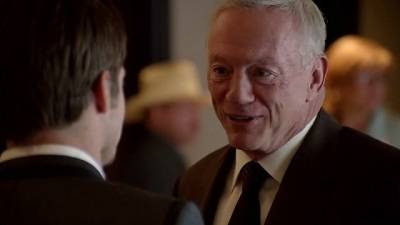 File:Dallas 2012 episode 1x5 -Truth and Consequences - Jerry Jones meets John Ross.jpg
