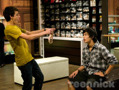 Dance-academy-growing-pains-picture-3