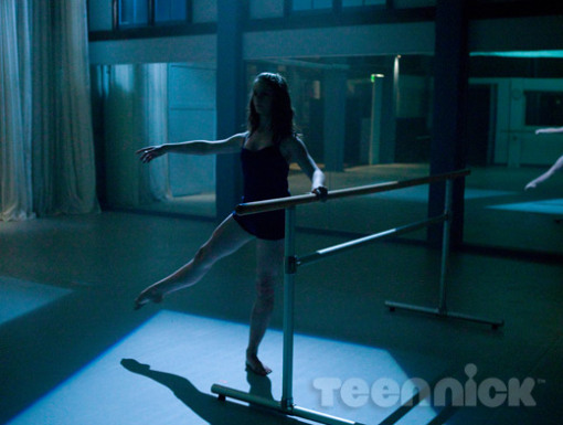 File:Dance-academy-behind-barres-picture-12.jpg