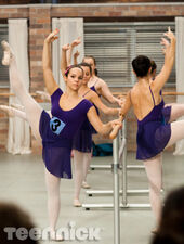 Dance-academy-pressure-picture-1