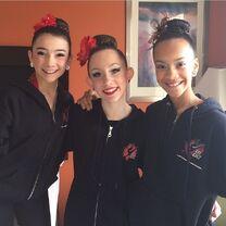 Chloe Smith 5678 with Kamryn Beck and Kaeli Ware 2013-12-08