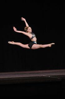 Tara Johnson dance 170 4602
