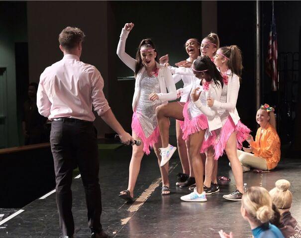 File:724 HQ - Group Dance win (1).jpg