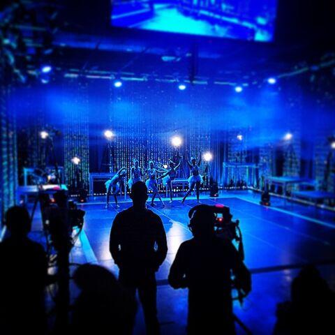 File:Mid-season 5 reunion 2015-02-17 - IG gmartello22.jpg