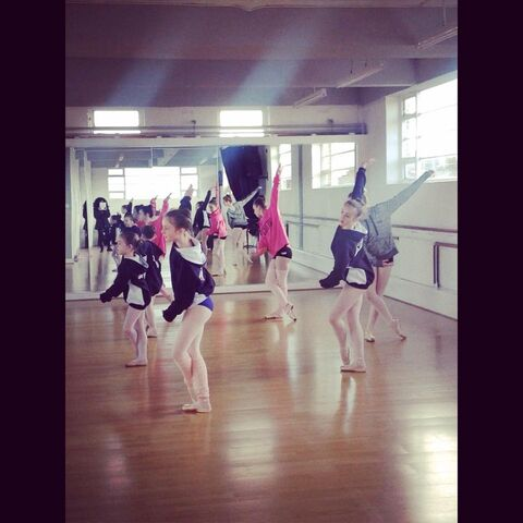 File:Doll factory dancers.jpg