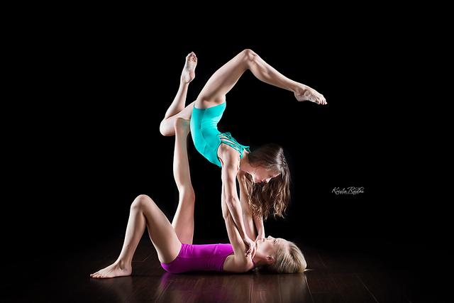 File:Brynn and Dylynn for Krista Rados - 2015 (2).png