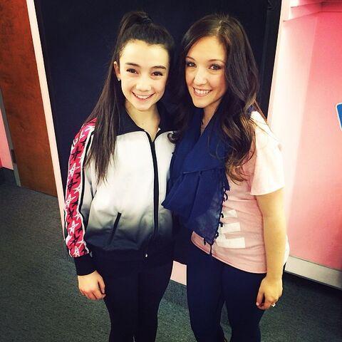 File:Kamryn Beck Instagram 2014 h with Gianna.jpg