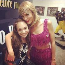 Maddie Ziegler at Taylor Swift concert - 6June2015