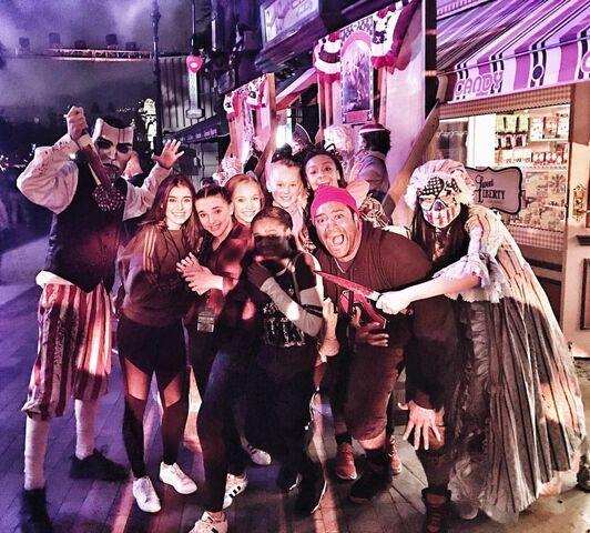 File:706 Girls at Halloween Horror Night.jpg