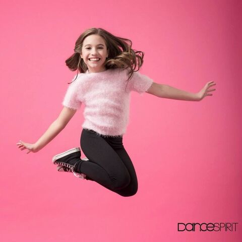 File:Dance Spirit Magazine - Mackenzie Ziegler - IG lucaschphoto B 2015-04-14.jpg