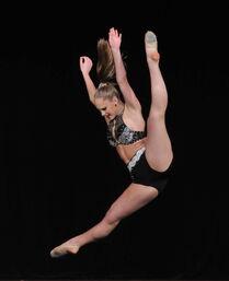 Tara Johnson dance 170 4633