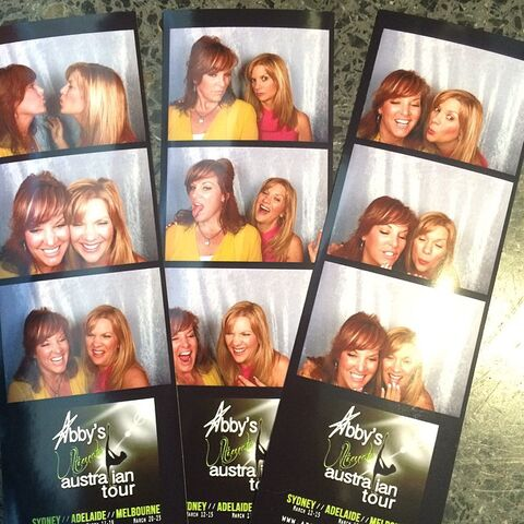 File:Jill and Melissa photo booth 2015-03-15.jpg