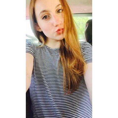 File:Chloe Smith duckface - June 2015.jpg