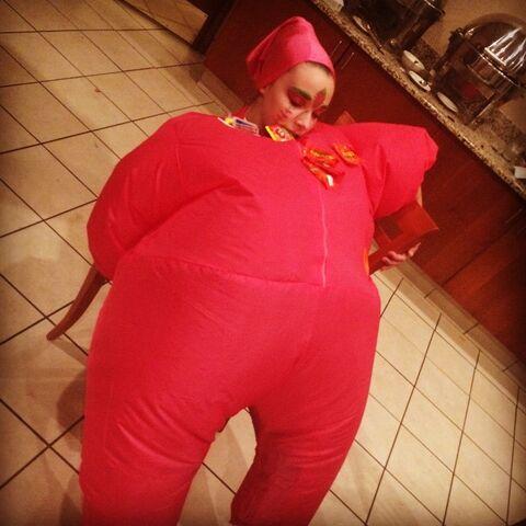 File:504 halloween Kendall 2.jpg