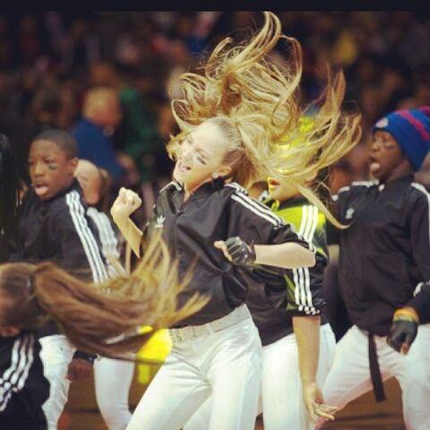 File:Ava Mobsquad 2013-11-11 action photo.jpg