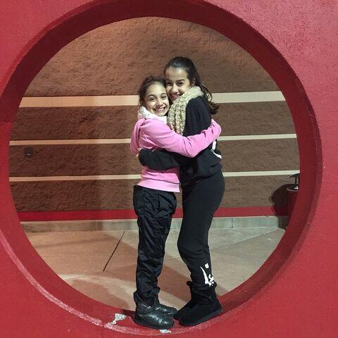 File:McKenzie and Alyssa 2014-12-11.jpg