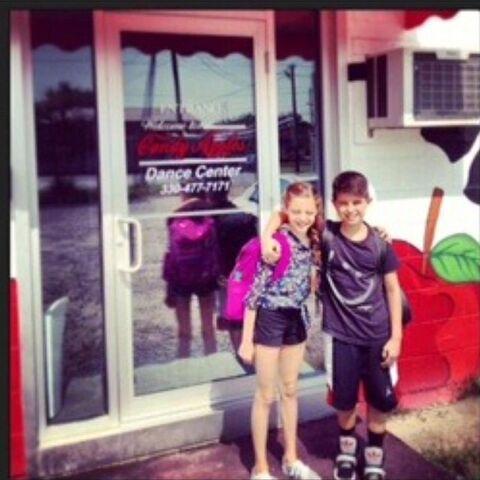 File:Mari and Lucas posted 2014-11-06.jpg