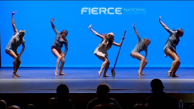 File:708 Group Dance 2.jpg