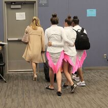724 HQ - Girls leaving the dressing room (3)