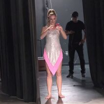 724 HQ - Chloe in the wings