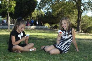 Maddie and kenzie (1)