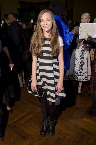 File:Maddie-ziegler-fashion-week.jpg
