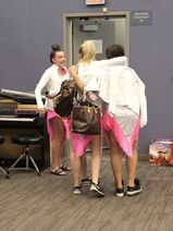 724 HQ - Girls leaving the dressing room (2)